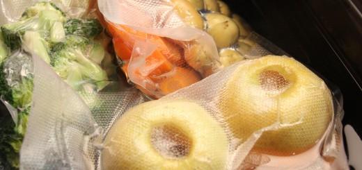 Cuiseur sous vide basse température avec repas